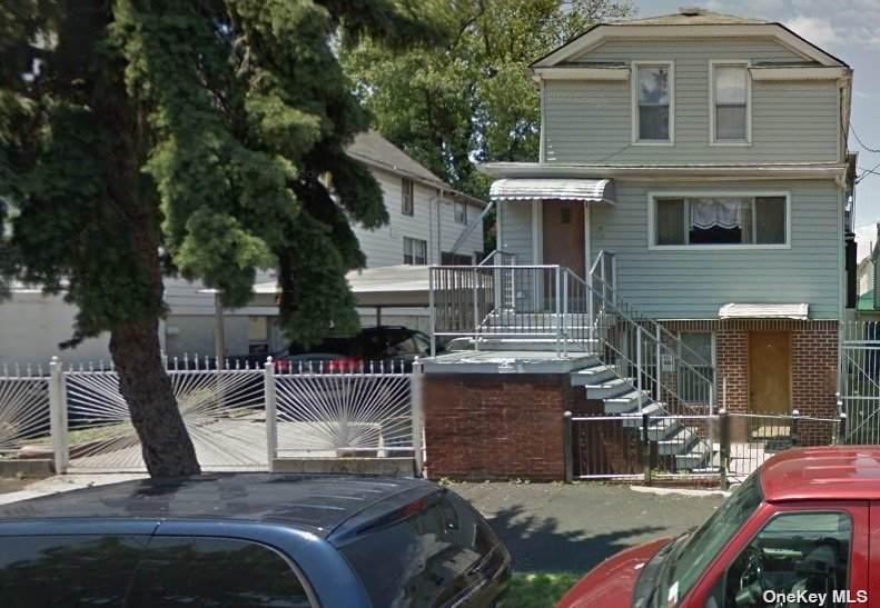 615 Underhill Avenue - Photo 1