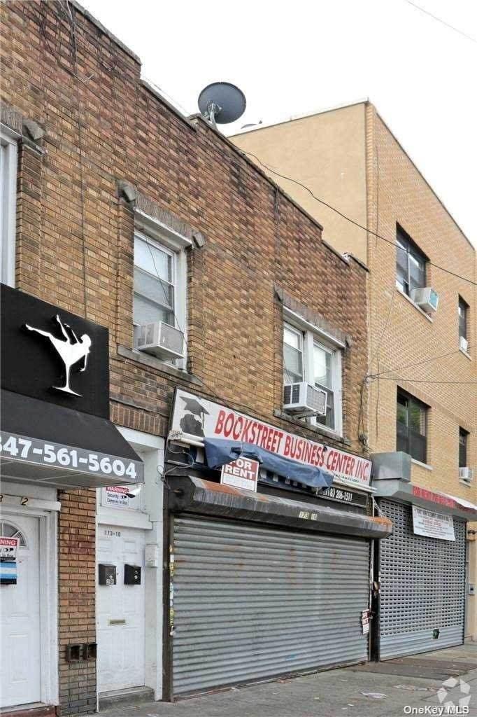 173-10 Jamaica Avenue - Photo 1