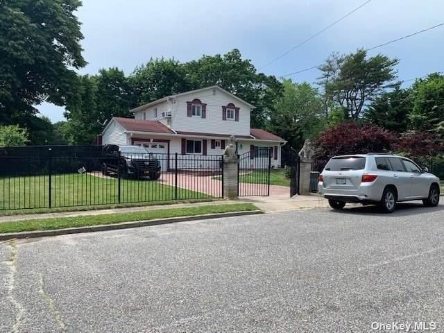 450 Mayflower Avenue, Brentwood, NY 11717 (MLS #3319955) :: Carollo Real Estate
