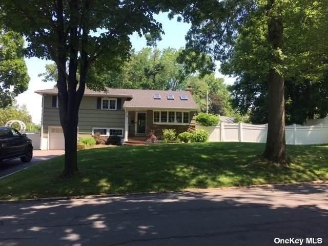54 Old Town Lane, Halesite, NY 11743 (MLS #3320481) :: Carollo Real Estate