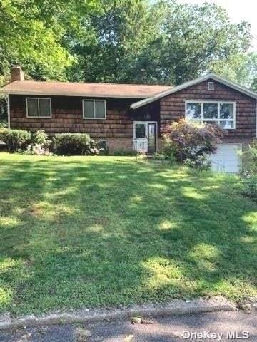 4 Deepdale Court, Glen Cove, NY 11542 (MLS #3320594) :: Carollo Real Estate