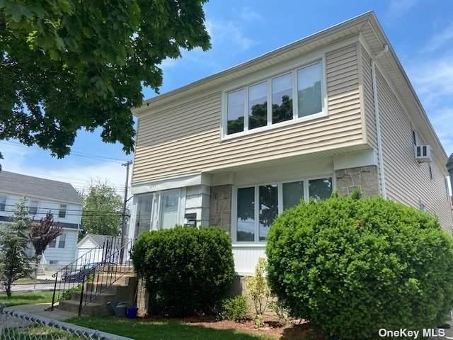 99-01 158th Avenue, Howard Beach, NY 11414 (MLS #3320670) :: Carollo Real Estate