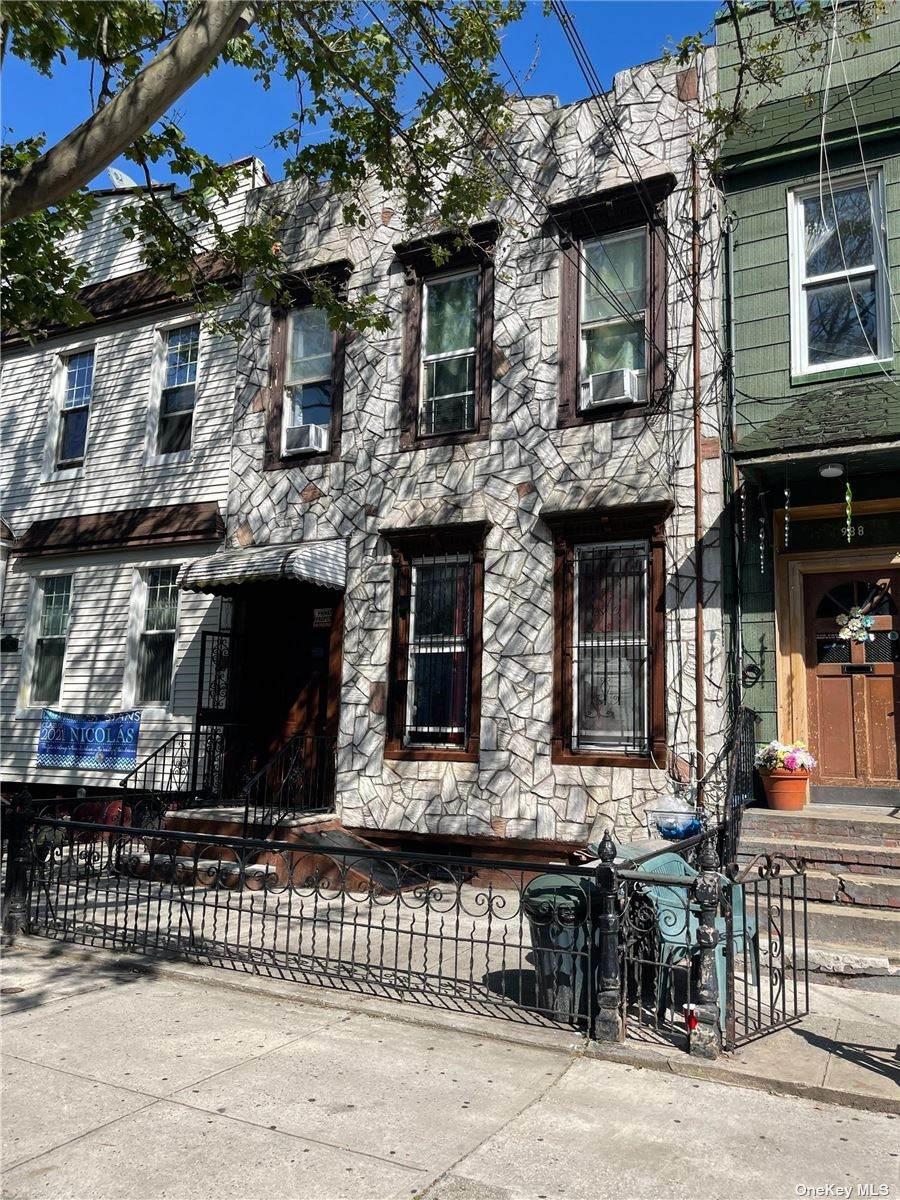 990 Hart Street - Photo 1
