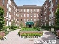 111 7th Street #209, Garden City, NY 11530 (MLS #3321075) :: Carollo Real Estate