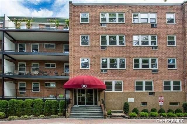30 Pearsall Avenue 2M, Glen Cove, NY 11542 (MLS #3321533) :: Carollo Real Estate