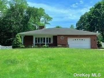 70 Washington Drive, Centerport, NY 11721 (MLS #3321557) :: Mark Boyland Real Estate Team