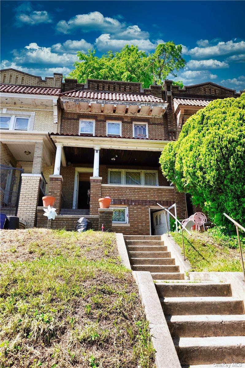 143 Sunnyside Avenue - Photo 1