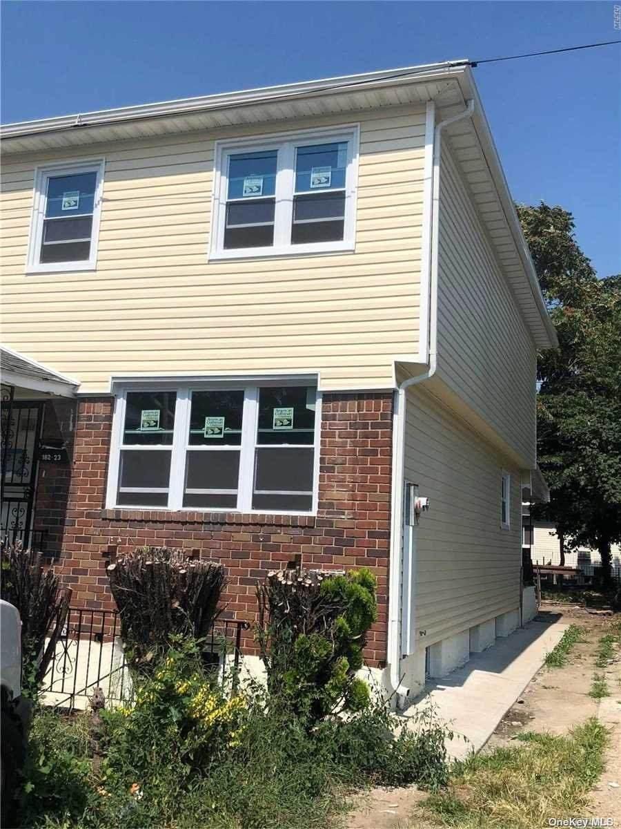 182-23 Conduit Avenue - Photo 1