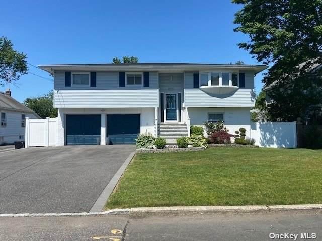 264 Irving Avenue, Deer Park, NY 11729 (MLS #3322227) :: Mark Boyland Real Estate Team