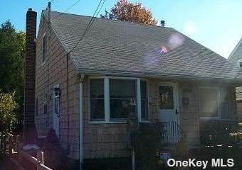 353 Maple Avenue, Uniondale, NY 11553 (MLS #3322838) :: Shalini Schetty Team