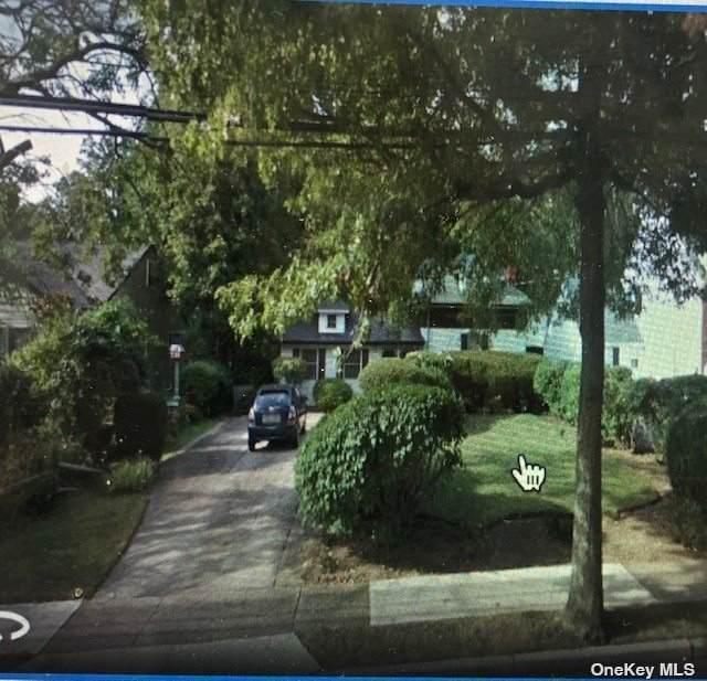 210 Prince Avenue, Freeport, NY 11520 (MLS #3322859) :: Shalini Schetty Team