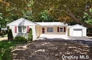 29B Pineville Road, Central Islip, NY 11722 (MLS #3322996) :: Mark Seiden Real Estate Team
