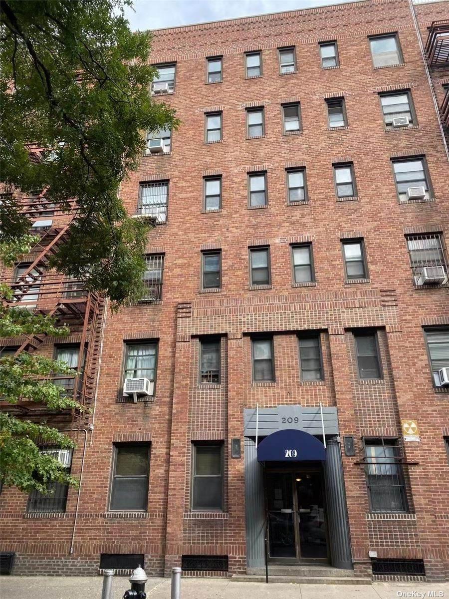 209 W 104th Street - Photo 1