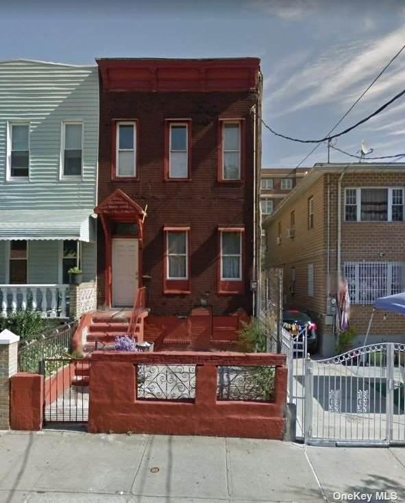 381 Jerome Street - Photo 1