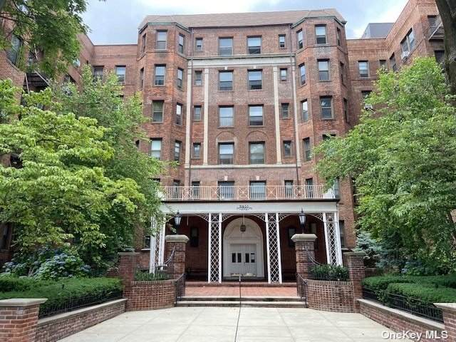 84-51 Beverly Road 2A, Kew Gardens, NY 11415 (MLS #3328754) :: Carollo Real Estate