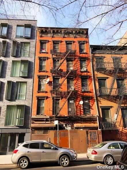 195 Henry Street - Photo 1