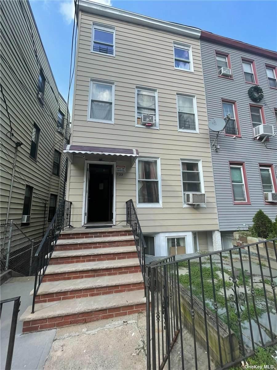 133 Oliver Avenue - Photo 1