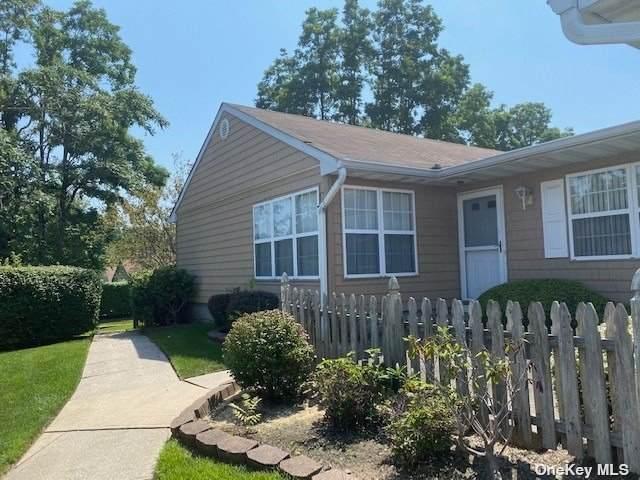 77 Theodore Drive #77, Coram, NY 11727 (MLS #3331540) :: Carollo Real Estate