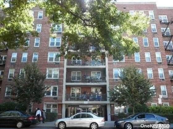 144-70 41 Avenue 4G, Flushing, NY 11355 (MLS #3332415) :: McAteer & Will Estates | Keller Williams Real Estate