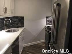 2 Bay Club Drive 4R, Bayside, NY 11360 (MLS #3332520) :: McAteer & Will Estates | Keller Williams Real Estate