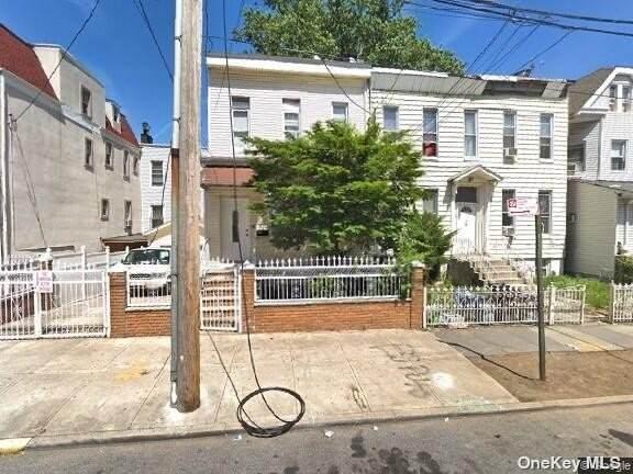 115 Cleveland Street, E. New York, NY 11208 (MLS #3334165) :: Howard Hanna Rand Realty