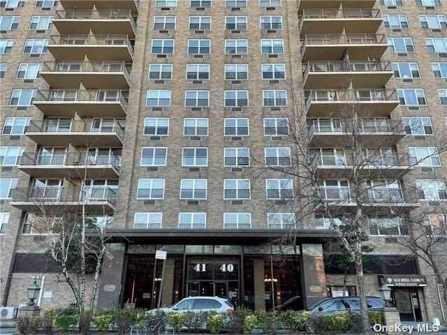 41-40 Union Street 8J, Flushing, NY 11355 (MLS #3334182) :: Howard Hanna Rand Realty