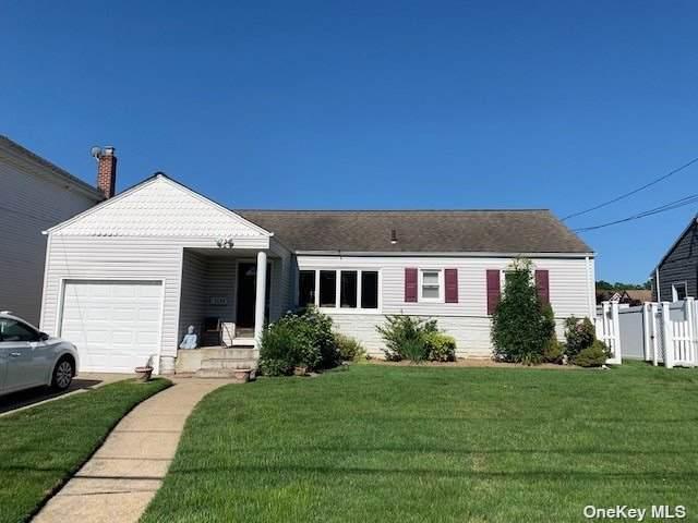 1094 Ott Lane, Merrick, NY 11566 (MLS #3334199) :: Mark Seiden Real Estate Team