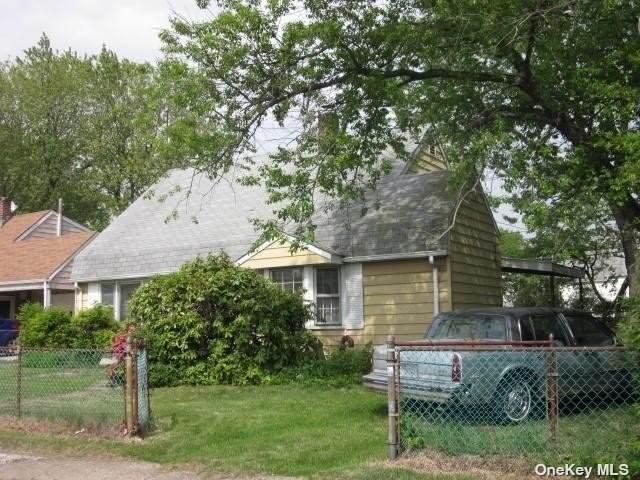 29 Anchor Lane, Levittown, NY 11756 (MLS #3334488) :: RE/MAX RoNIN