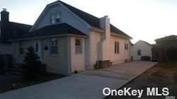 1280 Langdon Blvd., Rockville Centre, NY 11570 (MLS #3334651) :: Signature Premier Properties