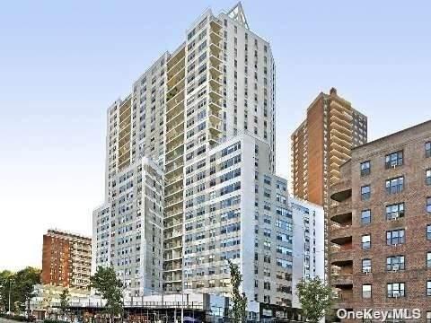 125-10 Queens Boulevard #823, Kew Gardens, NY 11415 (MLS #3334830) :: Goldstar Premier Properties
