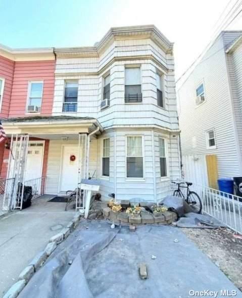 76-30 Park Lane, Jamaica, NY 11421 (MLS #3334832) :: Goldstar Premier Properties