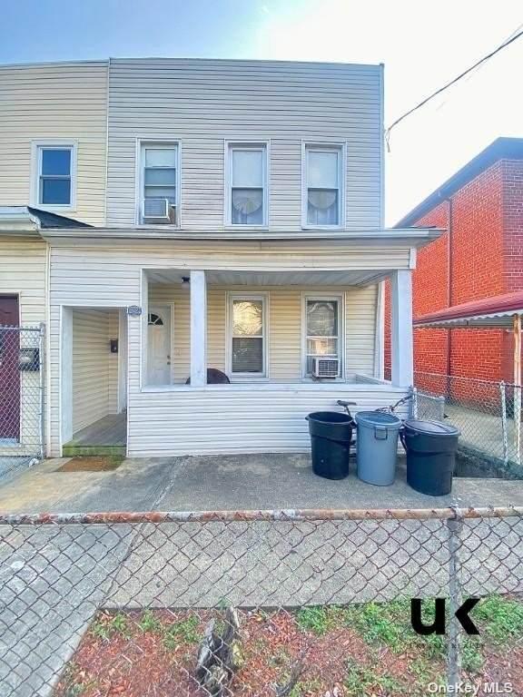 1222 E 193rd Street, Canarsie, NY 11236 (MLS #3335461) :: Team Pagano
