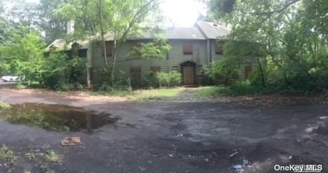 168 Chichester Road, Huntington, NY 11743 (MLS #3335556) :: Signature Premier Properties