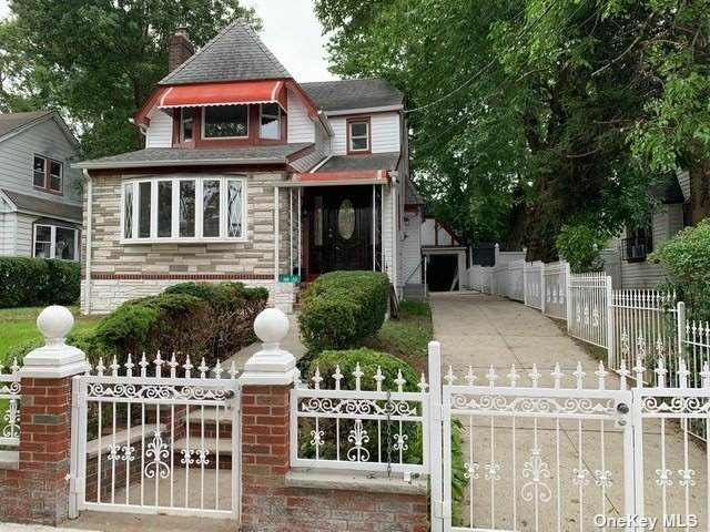 186-20 Illion Avenue, St. Albans, NY 11412 (MLS #3335569) :: The Clement, Brooks & Safier Team