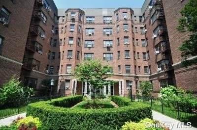 77-11 35th Avenue 5-P, Jackson Heights, NY 11372 (MLS #3337966) :: Laurie Savino Realtor