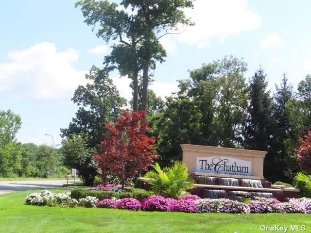 18 Wilkshire Circle #18, Manhasset, NY 11030 (MLS #3339059) :: Goldstar Premier Properties