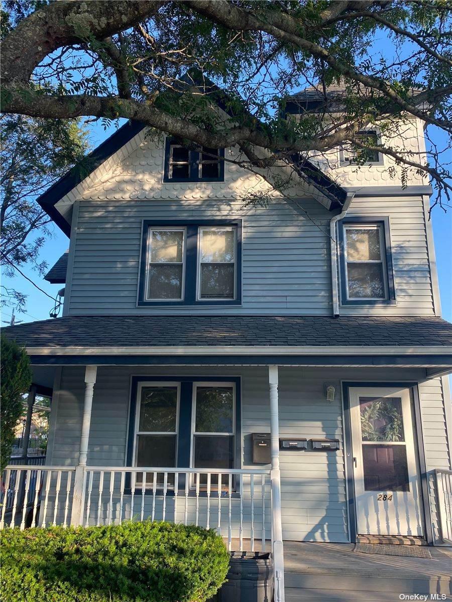 284 Rocklyn Avenue - Photo 1