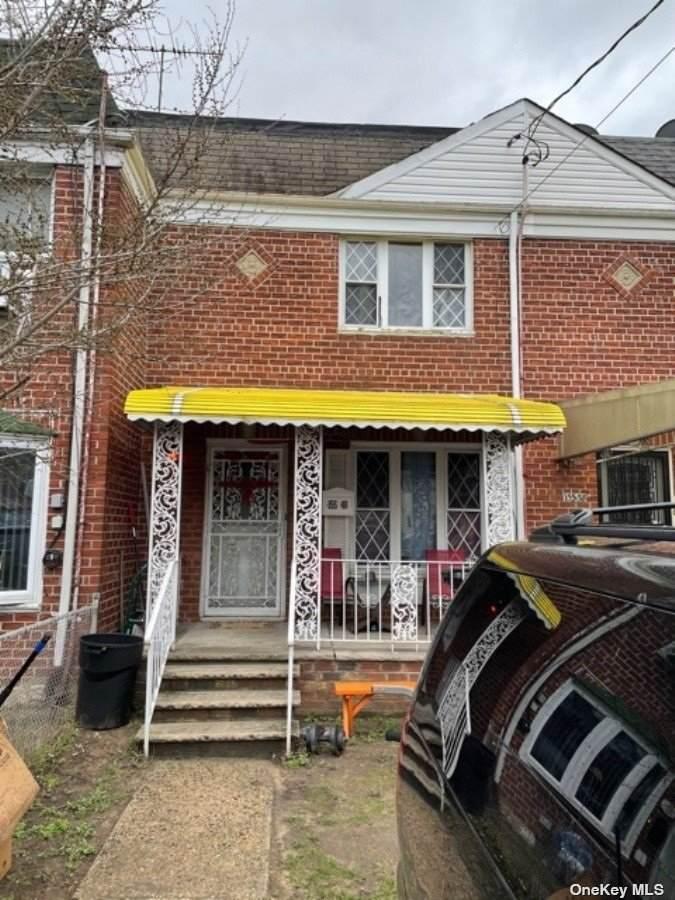 155-40 Linden Boulevard - Photo 1