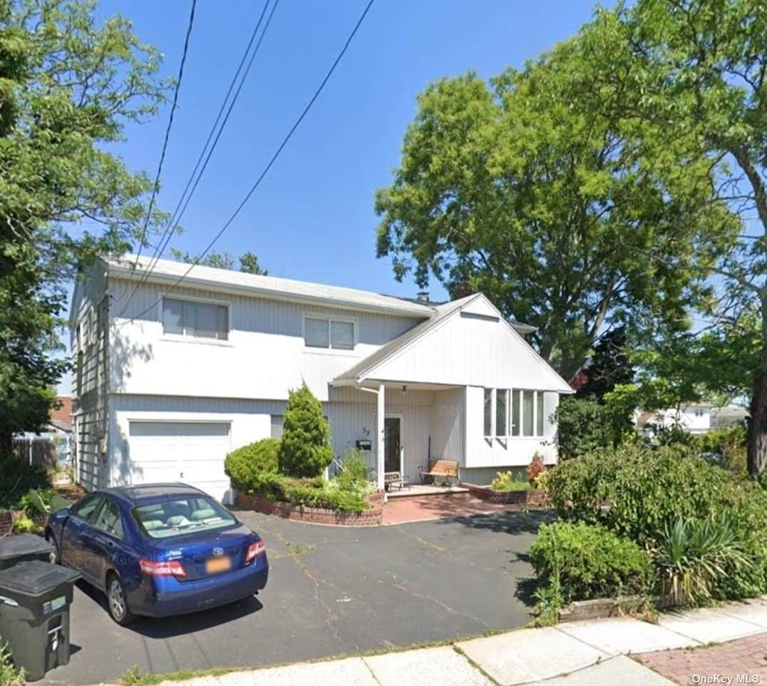 32 Meadow Road - Photo 1