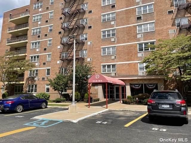 151-25 88th Street 1F, Howard Beach, NY 11414 (MLS #3344085) :: McAteer & Will Estates | Keller Williams Real Estate