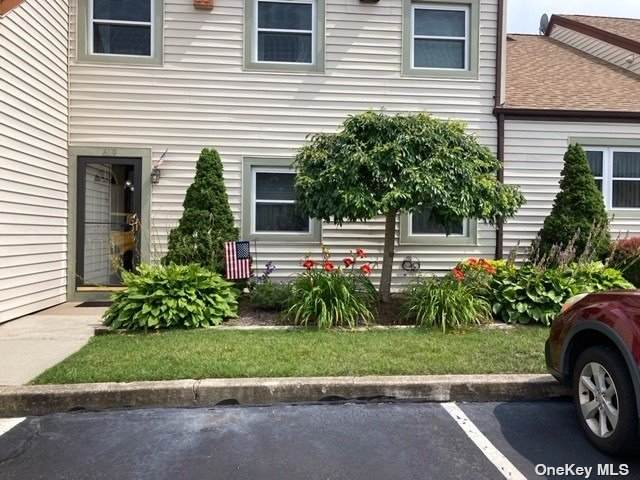 619 Lake Court #619, Middle Island, NY 11953 (MLS #3344552) :: McAteer & Will Estates | Keller Williams Real Estate