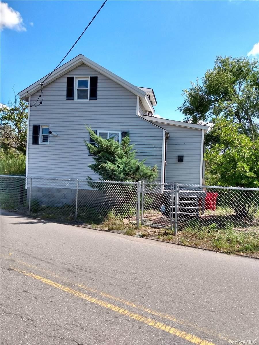 102-32 Russell Street - Photo 1
