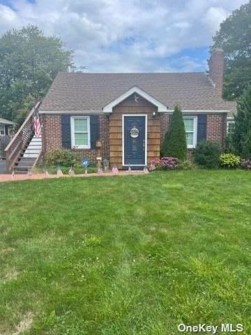 55 Ridgeway Boulevard, Bay Shore, NY 11706 (MLS #3346290) :: McAteer & Will Estates | Keller Williams Real Estate