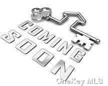 40 Chardonnay Drive, Coram, NY 11727 (MLS #3346744) :: The McGovern Caplicki Team