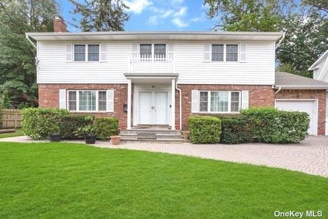 40 Bayview Avenue, Port Washington, NY 11050 (MLS #3347894) :: Signature Premier Properties