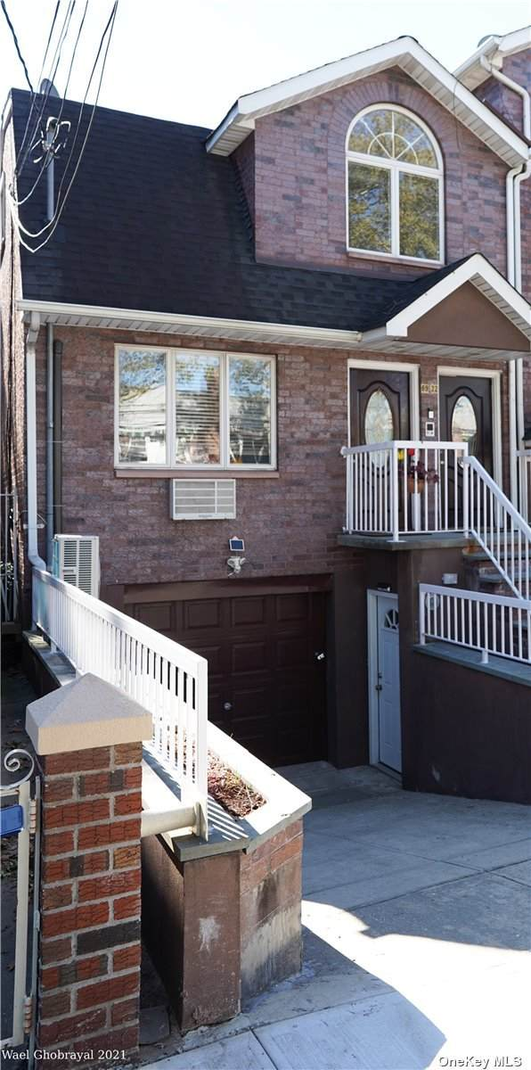 6922 59 Drive, Maspeth, NY 11378 (MLS #3348454) :: Goldstar Premier Properties