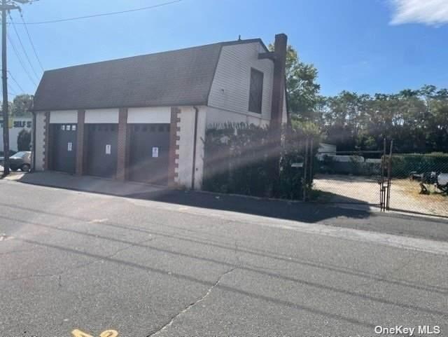 78-80 Hazel Street, Glen Cove, NY 11542 (MLS #3348478) :: The Home Team