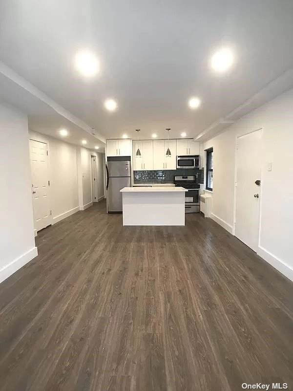 32-24 75 Street, Jackson Heights, NY 11370 (MLS #3348717) :: Kendall Group Real Estate | Keller Williams