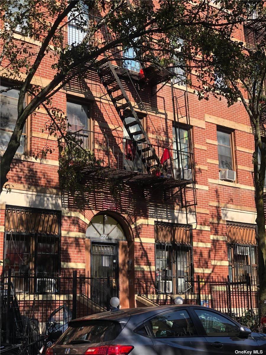 229 23rd Street - Photo 1