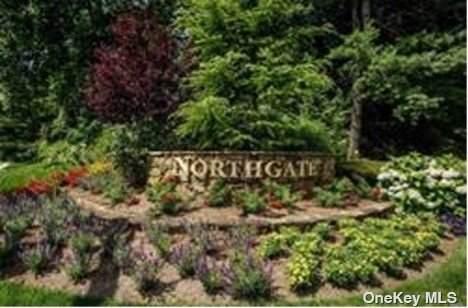 59 Northgate Circle #59, Melville, NY 11747 (MLS #3352050) :: Cronin & Company Real Estate